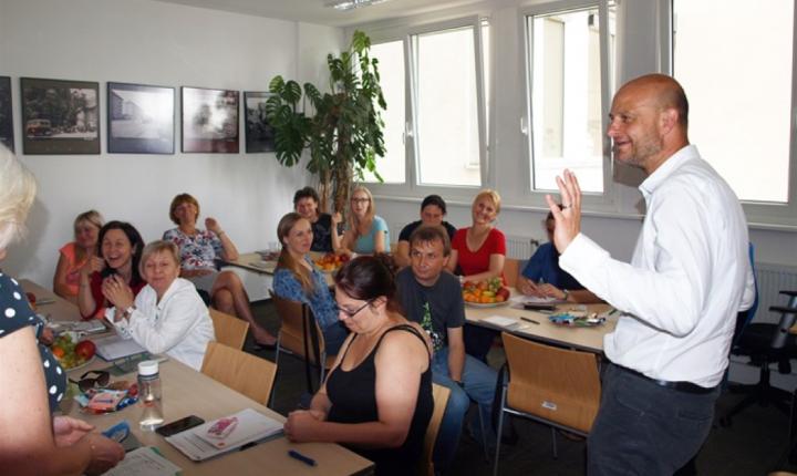 Praha 4 ocenila práci školních metodiků prevence